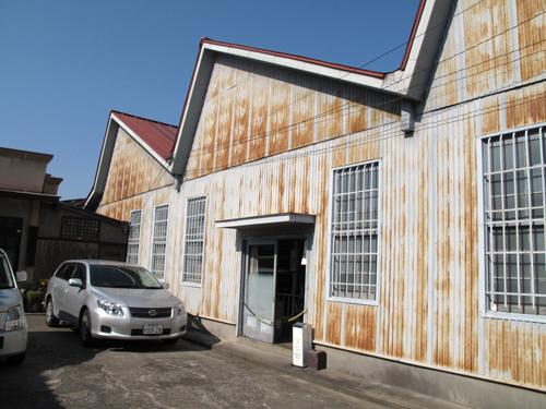 三角屋根 織物工場